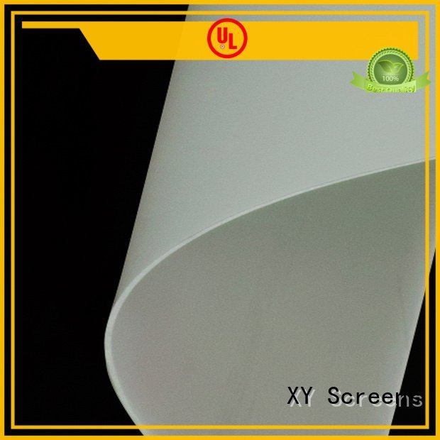 XY Screens Front and rear portable projector screen